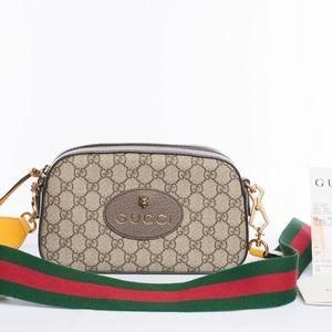 Authentic Gucci GG Supreme Messenger Bag